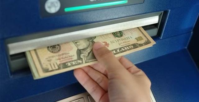 عدم برداشت وجه از حساب های IQ Option به کیف پول های الکترونیکی یا حساب های بانکی