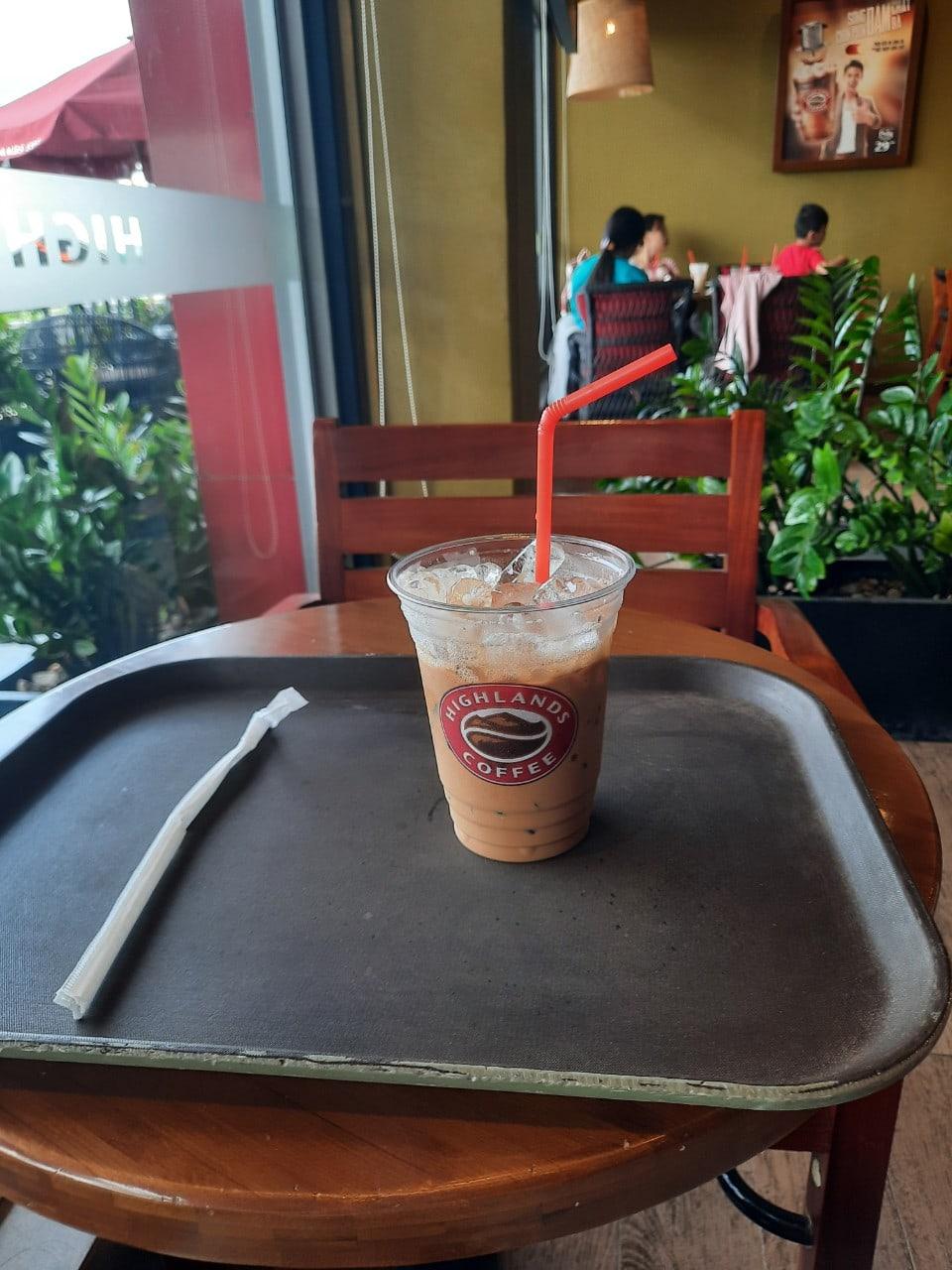 Uống cà phê thư giãn cũng có tiền từ thu nhập thụ động