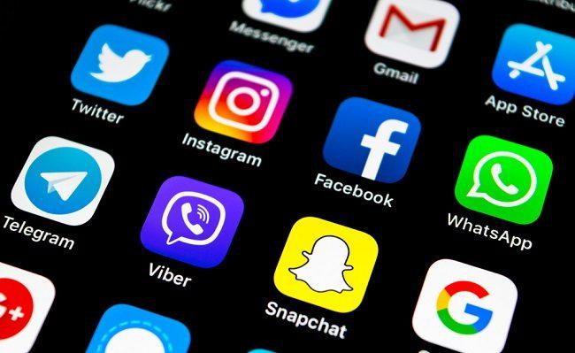 Liên hệ với hỗ trợ Exness qua ứng dụng Whatapp, Viber và Telegram